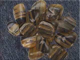 Stripe Pebble Stone